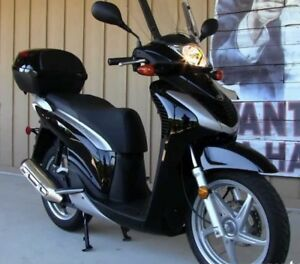 2010 HONDA SH150i motorcycle bike 3000 KM