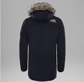 The north face parka (Never been worn with tag)