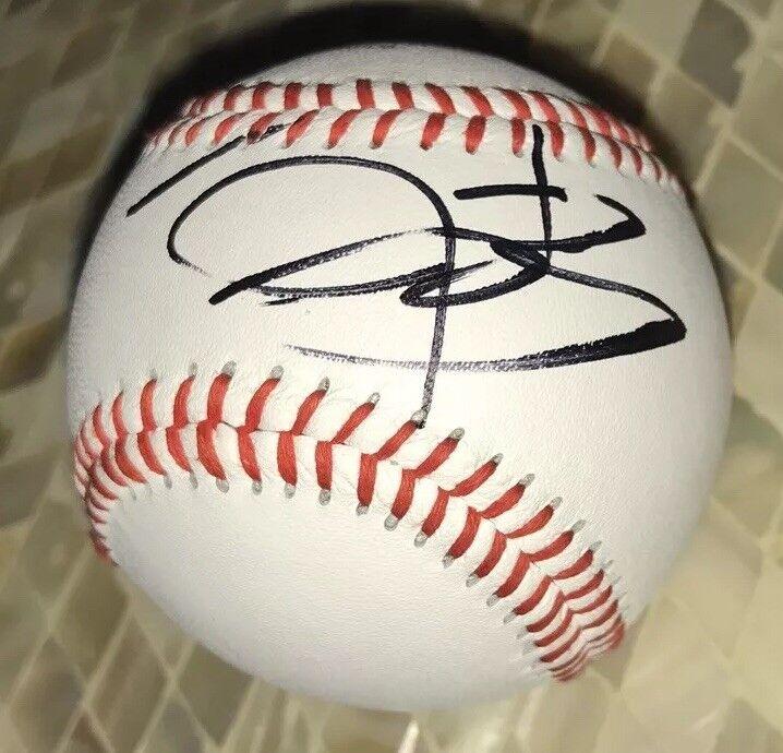 Jeremy Renner Signed Baseball Hawkeye Exact Proof