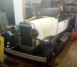 CLASSIC 1928 OLDS ROADSTER (IMPORT MODEL)