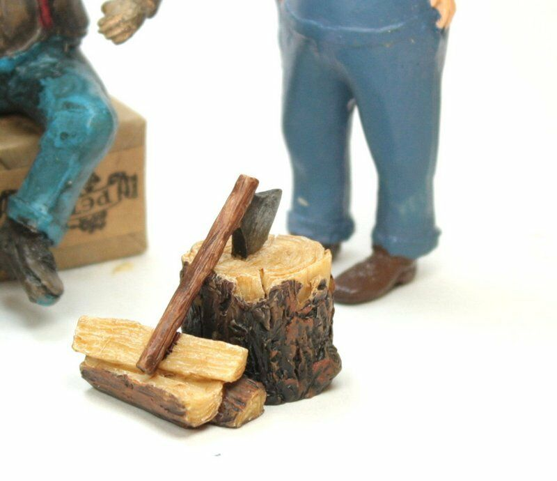 Miniature Firewood, Axe & Stump - G Scale - Model Train Accessory - 118-1002