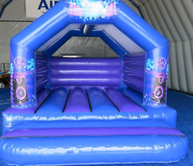 Bouncy castles and hot tubs hire liverpool