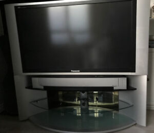 Panasonic TV 50 inch DLP with original stand (first owner)