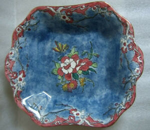 """ROYAL WINTON 8 SIDED BOWL """"LUTEA"""" PATTERN SCARCE! excellent cond"""