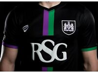 Bristol City 2016 Youth kits Brand new with tags, 12 shirts, 12 shorts, Perfect for a youth team!