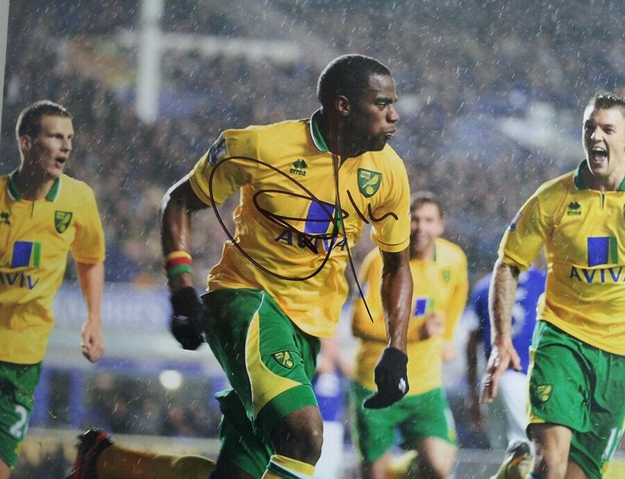Factors to Consider When Buying Norwich City Memorabilia