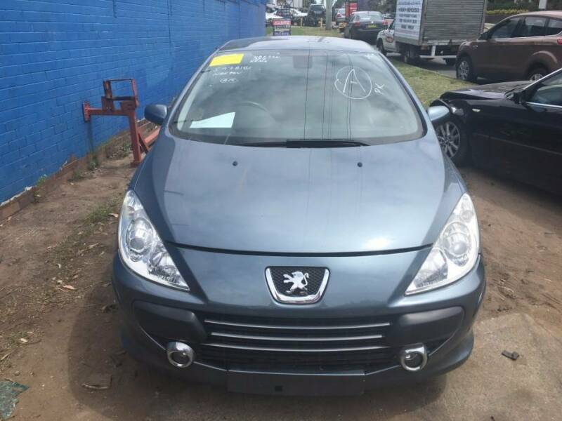 Peugeot 3-Series 307cc 2006 Convertible Automatic. NOW WRECKING!!