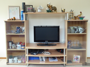 """""""Beech"""" Galaxy Entertainment Unit Berowra Hornsby Area Preview"""