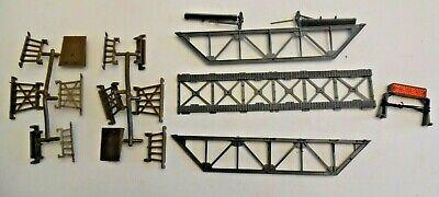 Life-Like HO scale Train Railroad 17 piece Bridge & Trestle Set w Blinking Light