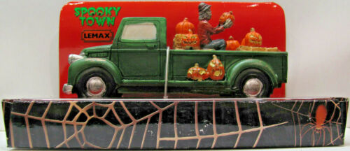 Lemax Spooky Town Table Accent - Pumpkin Pickup Truck