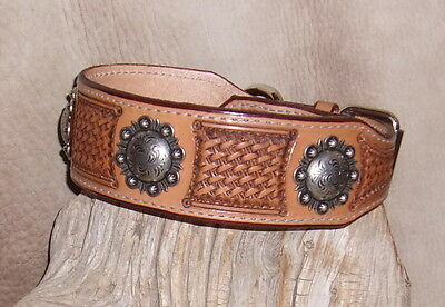 Dog Collar Berry (Custom Saddle Tan Leather Dog Collar 2