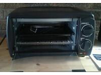 Quest 800W 9 litre mini oven