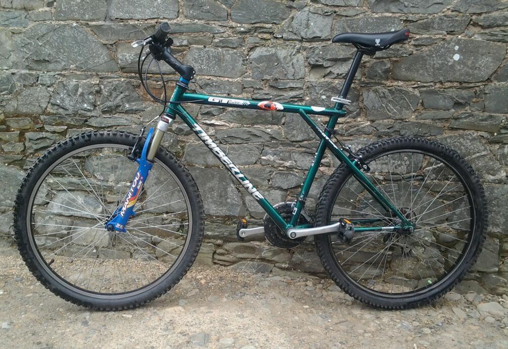 Gt Timberline All Terrain Mountain Bike 21 Speed Shimano