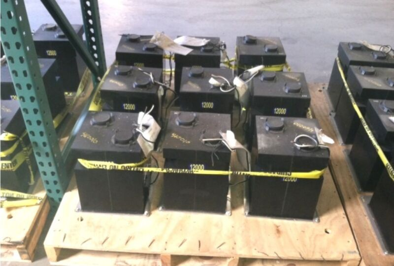 ABB High Voltage Instrument Transformers 7883A12G07 Pri Volt 12000/12000Y NEW