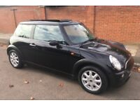 AUTOMATIC MINI ONE PANORAMIC TWIN GLASS ELECTRIC SUNROOF ONE YEARS MOT SERVICE HISTORY AUTO MINI ONE