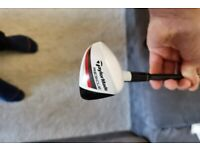 Immaculate Taylormade R15 Rescue 2 iron
