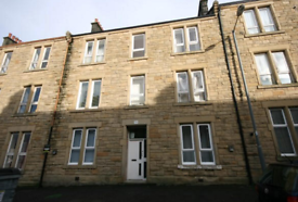 2 bedroom flat in Stewart Road, FALKIRK, FK2