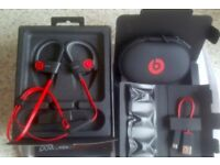 Power beats 2 wireless - Beats by Dr. Dre - Almost Brand New - Just Box opened - Bargain