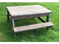 SOLID PINE Picnic table & sand pit