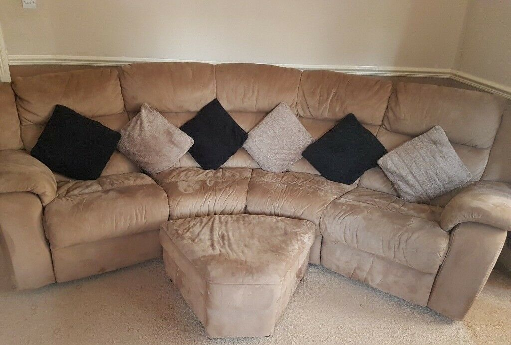 Enjoyable 4 Piece Beige Camel Brown Curved Reclining Sofa Foot Stool With Storage Can Split In Leicester Leicestershire Gumtree Squirreltailoven Fun Painted Chair Ideas Images Squirreltailovenorg