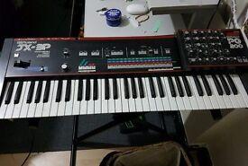 Roland JX 3P + PG 200 controller