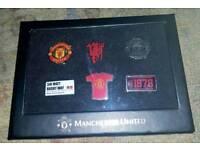 6 official man United badges