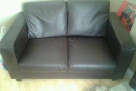 2 seater leather sette