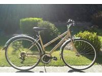 Women's salcano Picasso hybrid bike