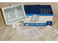 New Parkhurst 500w Garden outdoor Floodlight light with PIR movement Sensor, New & boxed!! £13