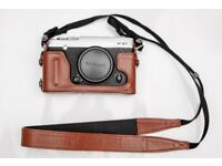 Fujifilm X series X-E1 16.3MP Digital Camera + leather case Excellent fuji xe1 x e1