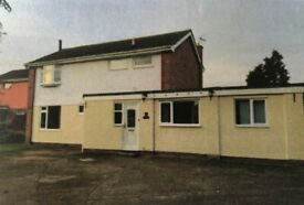 Five bedroomed, detached house for sale with Office in the garden