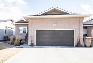 4677 Hames Crescent - Harbour Landing - Move in ready!