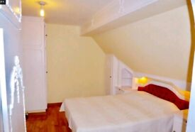 Loft Double Room with private bathroom to Rent on Cranbrook Road, Ilford IG1. (Female Professional)