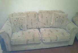 3 peice suite sofa settee chairs