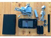 Nintendo Wii u Console 32GB Splatoon preinstalled and accessories