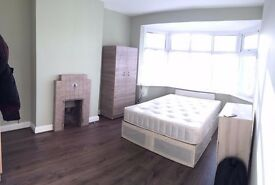 AMAZING KING SIZE ROOM IN A BRAND NEW HOUSE NORTH ACTON ZONE 2 INC BILLS