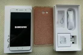 Samsung Galaxy A5 Mobile Phone