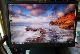 "Lenovo 19"" widescreen LCD monitor PC / Mac / Laptop - GREAT condition"