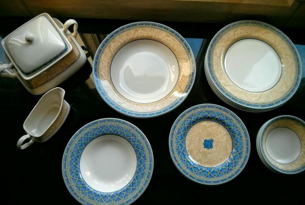 Churchill porcelain dinner set designed by Jeff Banks & Churchill porcelain dinner set designed by Jeff Banks | in Doncaster ...