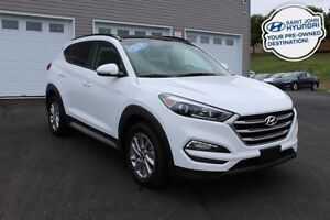 2018 Hyundai Tucson SE! LEATHER! SUNROOF! ALL WHEEL DRIVE!