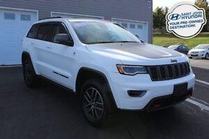 2017 Jeep Grand Cherokee Trailhawk! HEMI! 4X4! LOADED!
