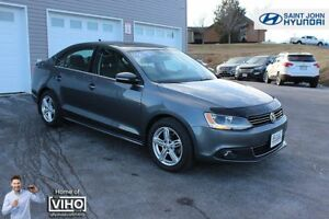 2013 Volkswagen Jetta TDI Highline! LEATHER! SUNROOF! 6 SPEED!