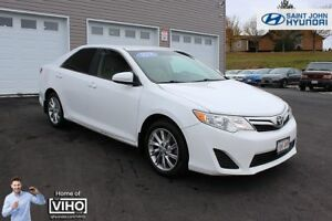 2014 Toyota Camry LE! BACK UP CAM! Bluetooth! GREAT SHAPE!