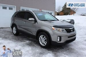 2014 Kia Sorento LX! V6 ALL WHEEL DRIVE! $110 B/W!