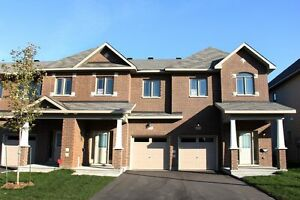 Sweet Find! 2 Bedroom Terrace Home in Barrhaven, Available July