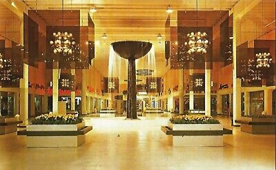 Postcard Florida Winter Park Shopping Mall Interior 60s-70s NrMINT Orange County
