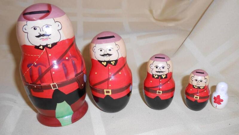 Rare Canadian Mountie Mounted Police Wooden Nesting Doll 5 pcs Set