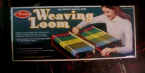 "Vintage Avalon 20"" Wooden Tabletop Weaving Loom in Box"