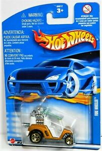 Hot Wheels 1/64 Tee'd Off Diecast Car