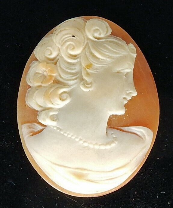 """Antique 1 1/8"""" Carved Shell Cameo"""